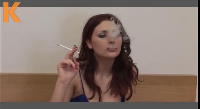 Sex cu tigara in gura