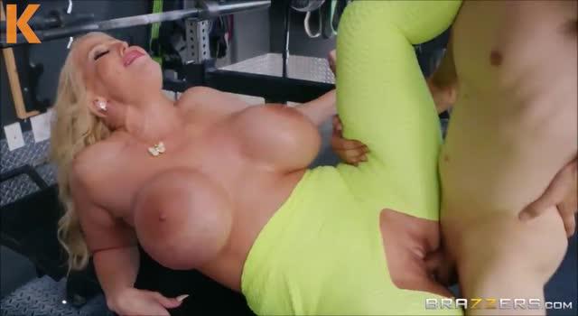 Sex la sala