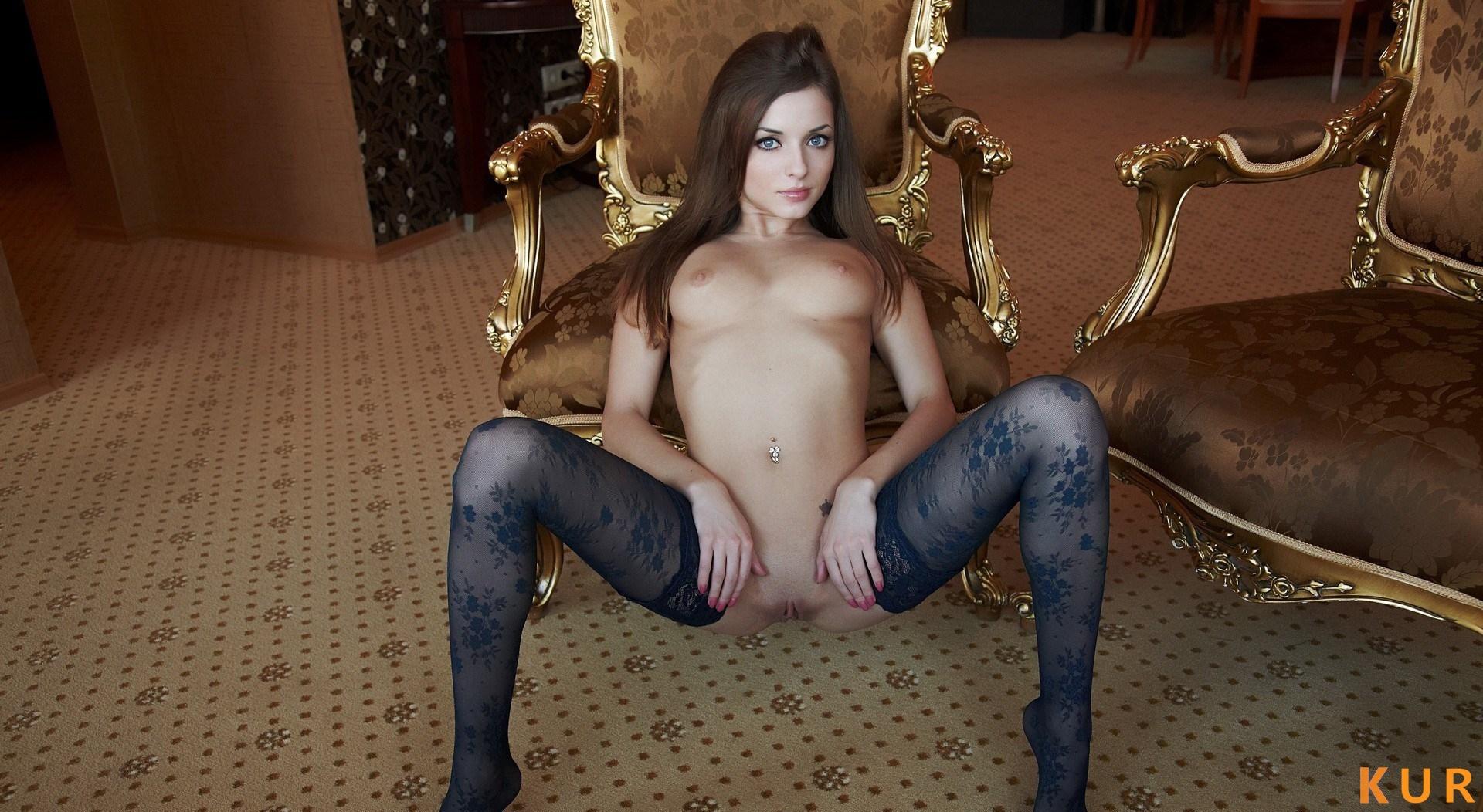 Poza Erotica #3228 - Dimensiune completa