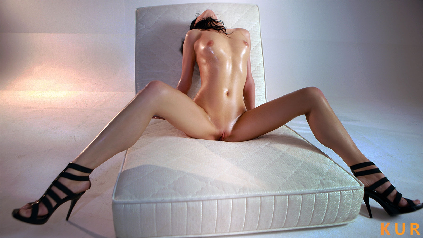 Poza Erotica #766 - Dimensiune completa